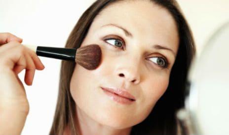 Идельное лицо - тонкости ухода и макияжа при несовершенстве кожи