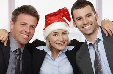 Как подобрать корпоративные подарки и сувениры