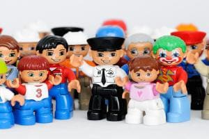 конструкторы лего и новые коллекционные персонажи