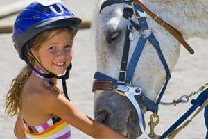 Польза конного спорта для ребенка