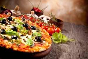 Пицца — любимое блюдо многих