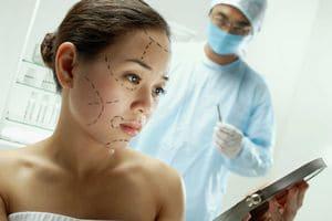 Польза и вред пластической хирургии